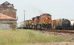 BNSF 4422 leading SB freight