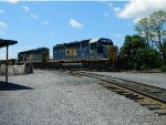 CSX D770 With an Ex Conrail Lashup