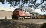 BNSF 644 and CSX 9014 pulls Q52013 out of Goulding Yard