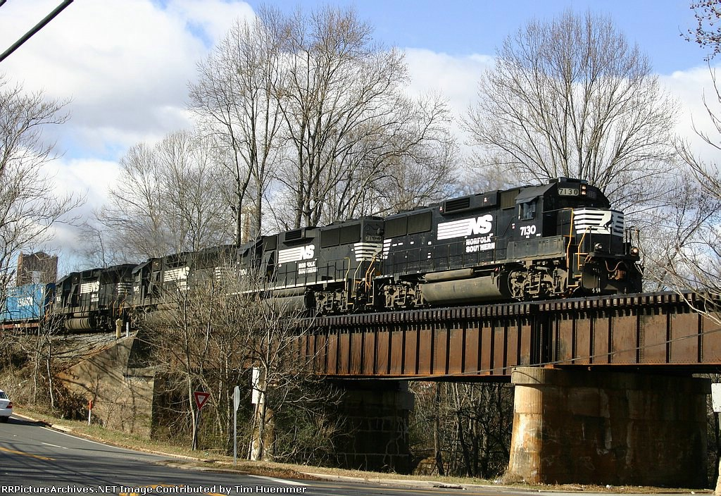 NS 204 with 4 GP60s