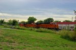 BNSF 6873 Heads EB z train!