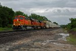 BNSF 7655 Rips a WB z train!!