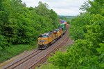 UP 7896 Swings a Wb stack train around the s curve!!!