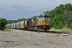KCS 4622 Digs in with this WB freight leading csx power.