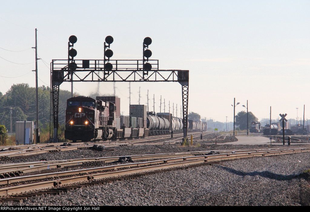 After recrewing just short of the plant at CP426, CP train 241 gets underway westward again