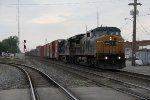 CSX 7856 & 7557 brings Q200 east with a long string of autoparts boxes on the headend