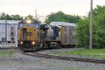 Starting the turn south, CSX 8732 leads Q241 into the Southeast Transfer