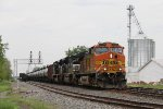 BNSF 4128 leads K010-19 into Deshler with NS 1039 & 1073 trailing