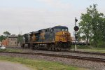 Led by CSX 5418 & 5498, Q365 starts south on the Toledo Sub