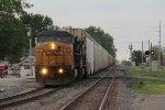 Q209 rolls south down the long lead into the Northwest Transfer