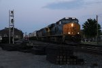 CSX 3078 races west chasing the setting sun with Q015