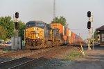 Rolling east again, Q156 splits the Deshler signals