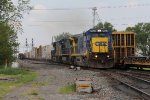 CSX 7623 rolls over the switch to the Southwest Transfer as it leads Q380 east