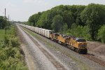 UP 7497, 4000 & 5984 lead the Salad Shooter east nearing the Ohio state line