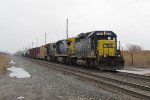 CSX 8357 and a pair of Dash-8's dig in to get over 100 cars moving that Y123 is taking to Barr