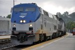 "Southbound ""Coast Starlight"" rolls into station"