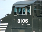 NS 8106(ES44AC)