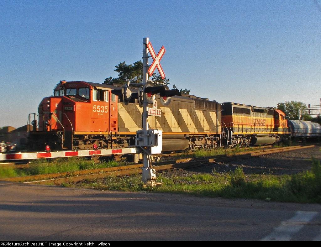 CN 5535 & BNSF 6340