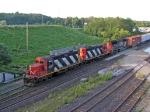 CN 4141, CN 4124 & CN 5605 MOVING CARS INTO ALDERSHOT YARD