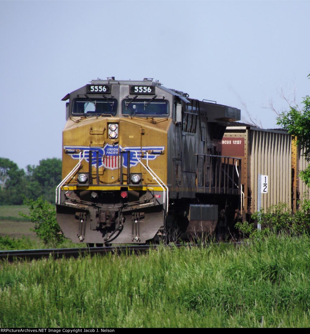 UP 5556 (DPU)