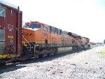BNSF ES44DC 7369