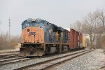 CSX 4795 & 5313 slowly roll into the yard on the Even Lead with Q335-28