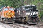 BNSF 5314 - NS 1052