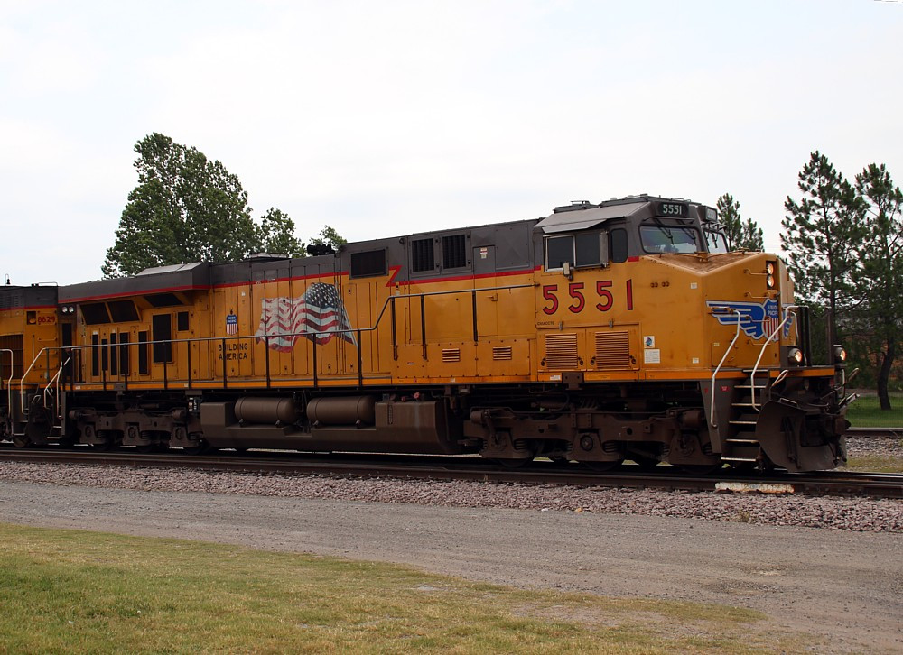 UP 5551