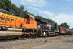 k 040 sb loaded oil train 10:30 am (pic4)