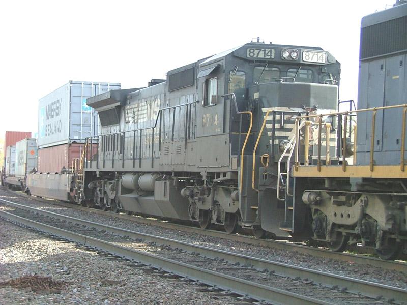 NS 8714