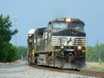 NS 9196(C40-9W) 2535(SD70)