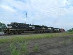 NS 7691 (ES40DC) 6682 (SD60) 3447 (SD40-2)