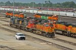 BNSF 4044 Yard power sitting around!