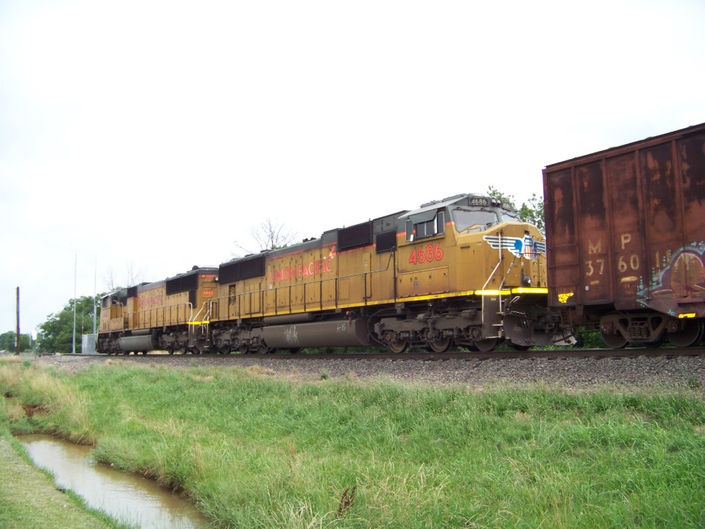 UP SD70M 4686