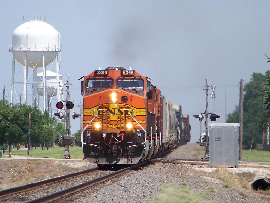 BNSF C44-9W 5366