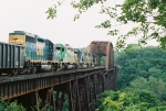 CSX 4441, GCFX 3055, CSX 8664, CSX 4547 (sb) on Wilbur Trestle