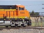 BNSF ES44C4 6565