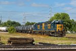 CSX 6071 Back's into the Cn yard in Decatur IL.