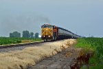 UP 6918 Leads a oil can train Across the corn fields!