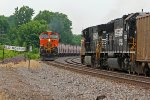 BNSF 1112 Meets the NS 9383 at Old Monroe Mo.
