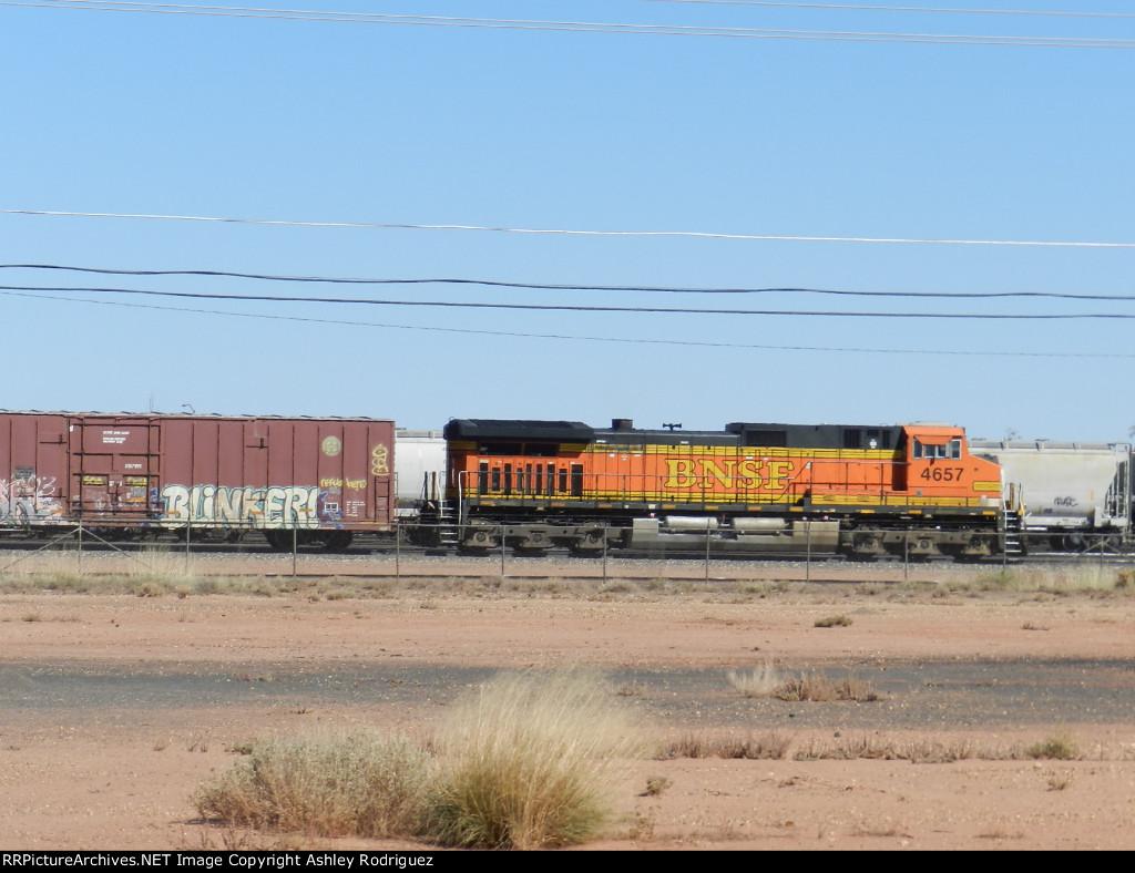 BNSF 4657