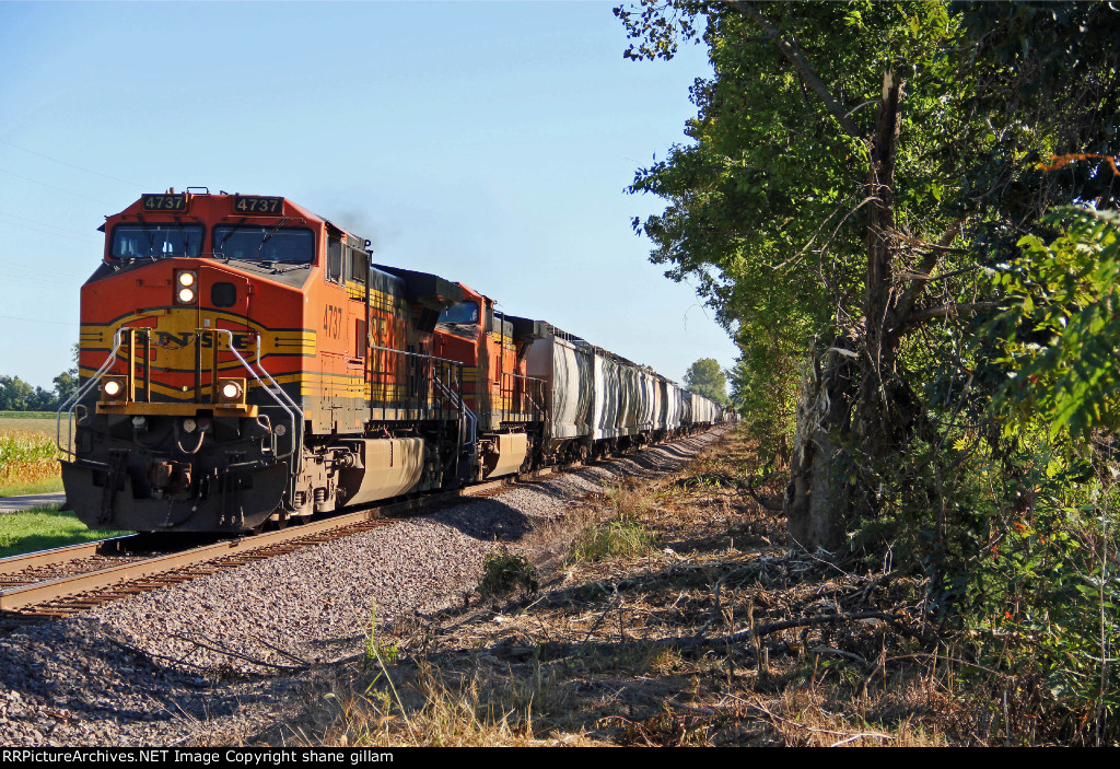 Manifest train Nb up the K Line.