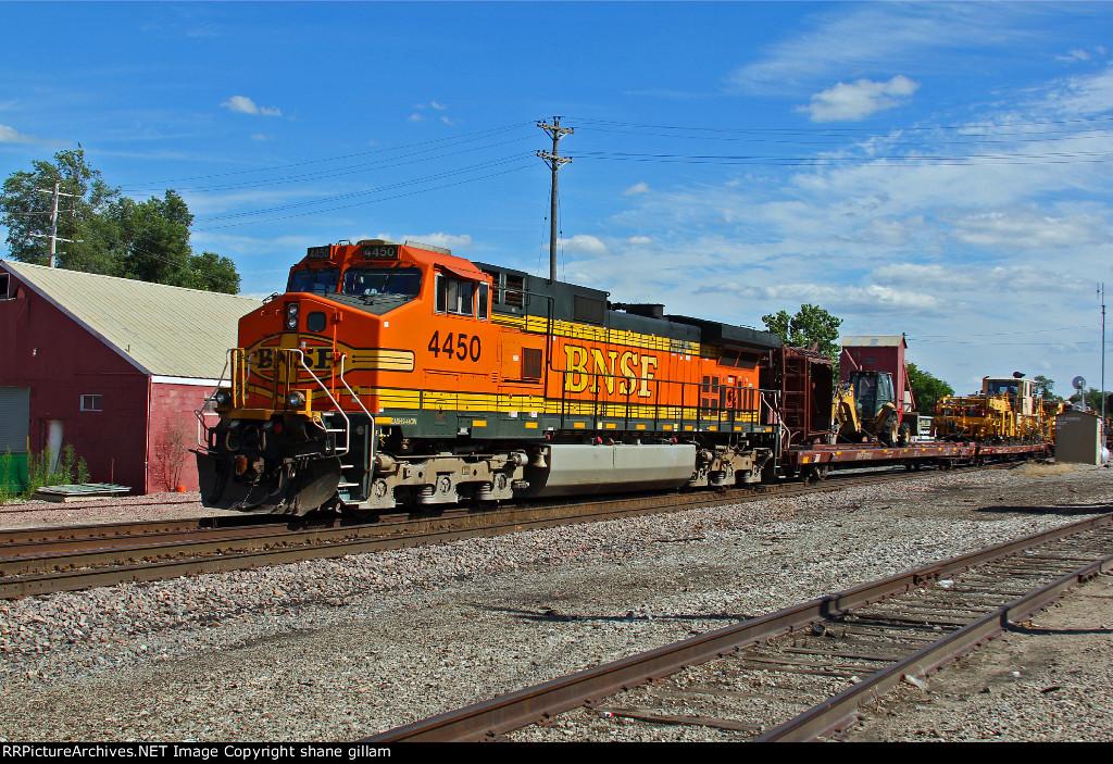 BNSF 4450 Heads up a Mow train Nb.