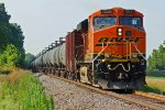 BNSF 7526 Working Dpu on a EB oil can.