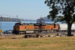 BNSF 5075 Leads a MEMGAL nb along the Mississippi river.