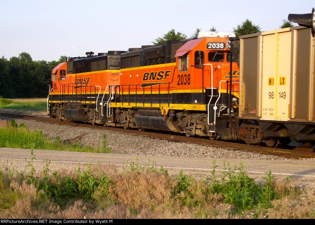 BNSF 2038