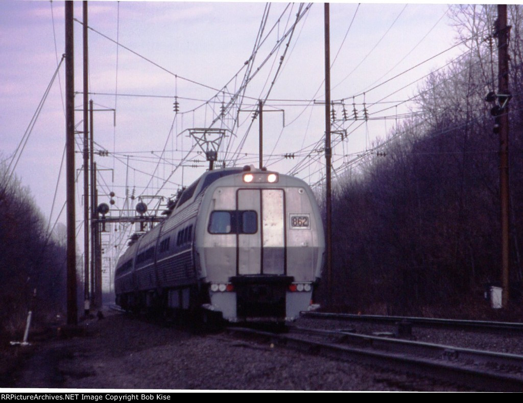 Amtrak 862 South, 3-car Metroliner