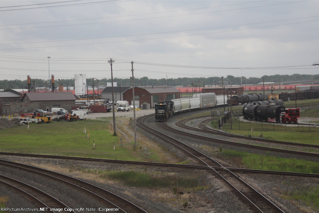 NS 8772 Snakes through CP Gibson, passing IHB Facilities and Local Industries