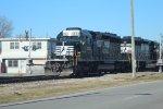NS SD40-2s