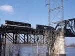 N&W and Southern SD40-2s on Merchants Bridge
